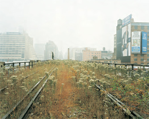 Joel Sternfeld, 11th Avenue and 30th Street looking east, Spring